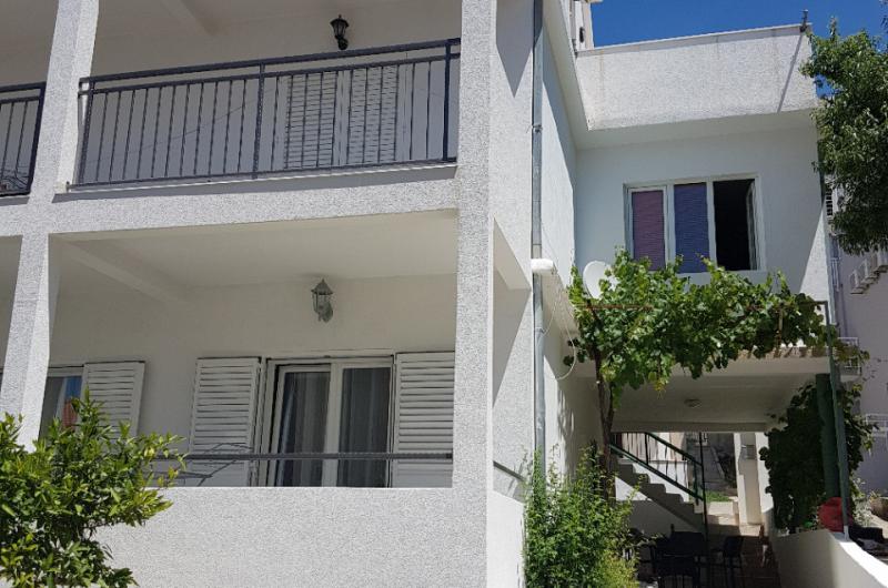 Apartments ESTERA