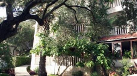 Villa Entoni