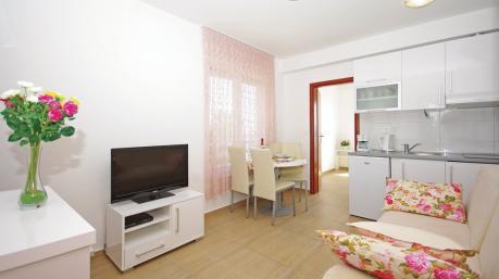 Apartmani Mila Brela
